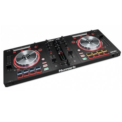 Numark Mixtrack Pro3 DJ kontroler