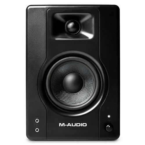 M-AUDIO BX4 4.5'' 120-watt multimedia monitor - aktivni studio zvučnik